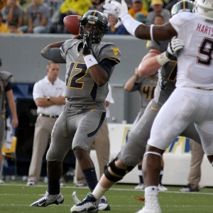 Quarterback Geno Smith of the West Virginia Mountaineers