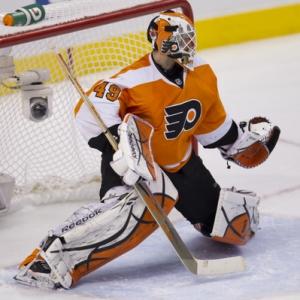 Philadelphia Flyers goalie Michael Leighton