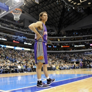 Phoenix Suns guard Steve Nash