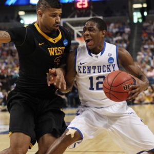 Guard (12) Brandon Knight of the Kentucky Wildcats