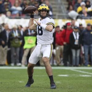 Michigan Wolverines quarterback Brandon Peters