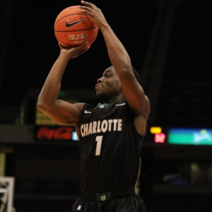 Braxton Ogbueze Charlotte 49ers