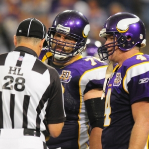 Minnesota Vikings guard Steve Hutchinson and quarterback Brett Favre