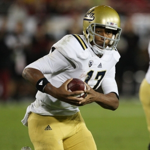 UCLA Bruins quarterback Brett Hundley