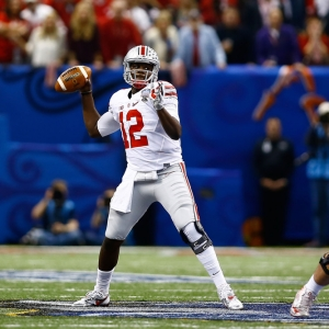 Quarterback Cardale Jones of the Ohio State Buckeyes