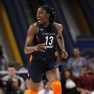 Chiney Ogwumike Connecticut Sun