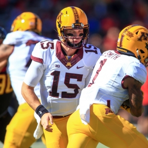 Minnesota Golden Gophers quarterback Conor Rhoda
