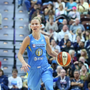 Courtney Vandersloot Chicago Sky