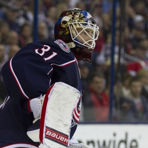Curtis McElhinney of the Columbus Blue Jackets