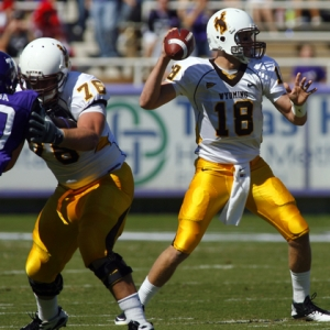 Wyoming Cowboys quarterback Dax Crum