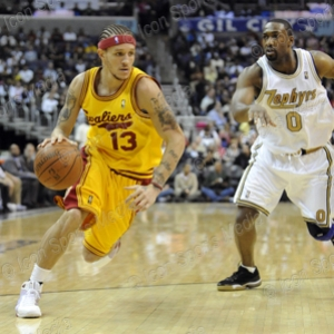 Guard Delonte West drives to the hoop in a recent matchup with Washington.