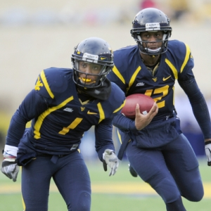 West Virginia Mountaineers quarterback Geno Smith