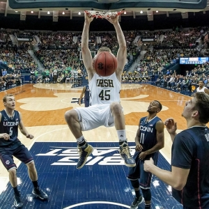 Notre Dame Fighting Irish forward Jack Cooley