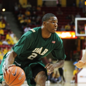 Jamarr Sanders (2) of the University of Alabama-Birmingham Blazers
