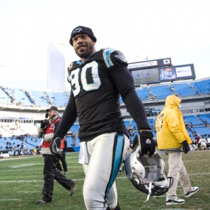 Former Carolina Panthers defensive end Julius Peppers
