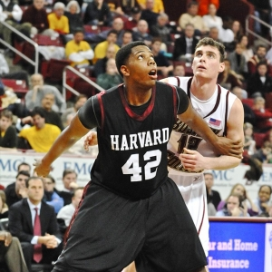 Harvard forward Keith Wright