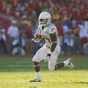 Running back Kenjon Barner of the Oregon Ducks