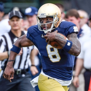 Notre Dame Fighting Irish quarterback Malik Zaire