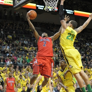 Arizona Wildcats guard Mark Lyons