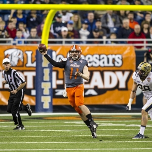 Bowling Green Falcons quarterback Matt Johnson