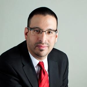 Raphael Esparza (VSI)