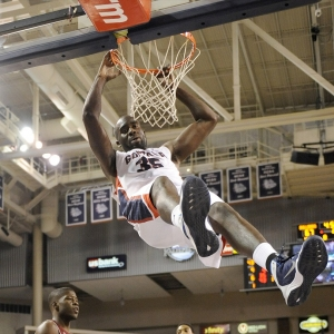 Gonzaga senior center Sam Dower