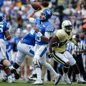 Kentucky Wildcats quarterback Stephen Johnson
