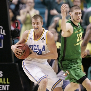 UCLA forward Travis Wear