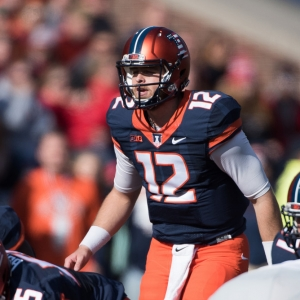 Fighting Illini quarterback Wes Lunt