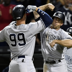 Aaron Judge and Brett Gardner celebrate for the Yankees in 2017.