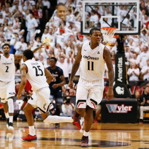 Cincinnati Bearcats forward Gary Clark