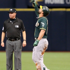 yonder alonso oakland athletics