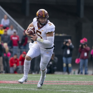 Quarterback Zack Annexstad of the Minnesota Golden Gophers